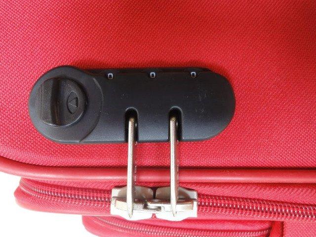 mở khóa vali