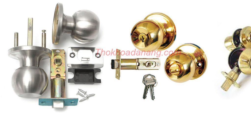 các loại khóa cửa tay nắm trò