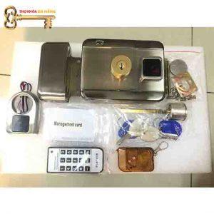 khóa cổng thẻ từ cửa sắt